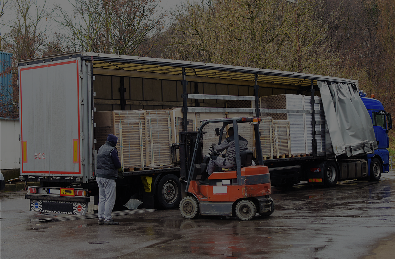 Forklift Safety In Wet And Windy Weather